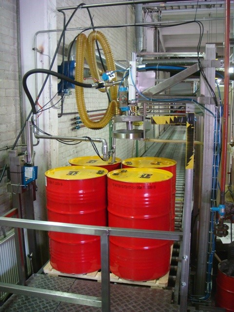 Drum and Container Filling Line - Semiautomatic 200 keg/h