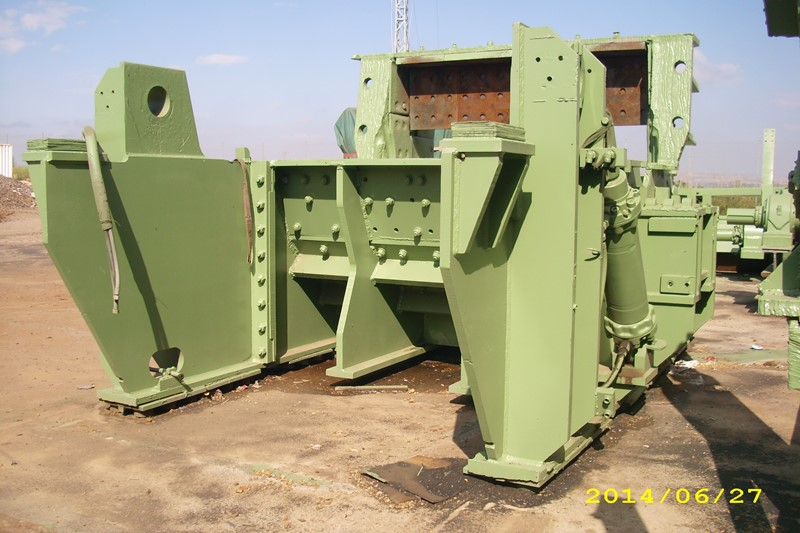 Lindemann Shredding machine - 2000