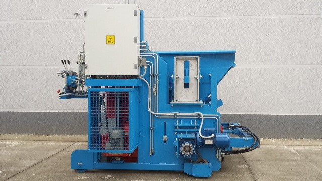 SUMAB - BUDGET MINI BLOCK MACHINE  E-6 S- Available in French!