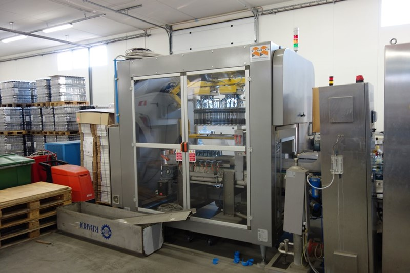 Carton Box Forming and Bottle Packing - TMG, 14.400 bph