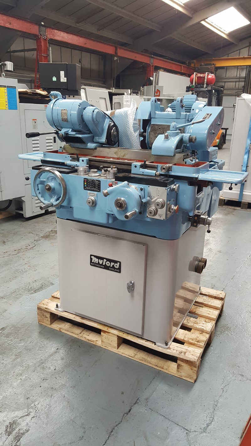 The latest machine from Grinder - Cylindrical Universal