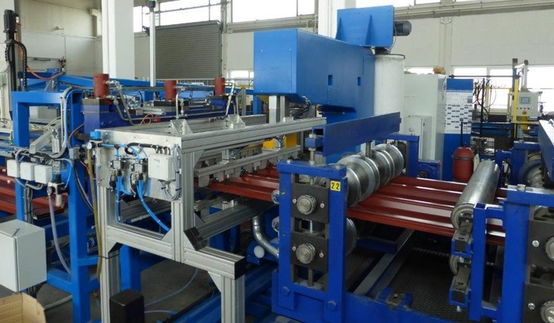 TPE - ROLL FORMING LINE