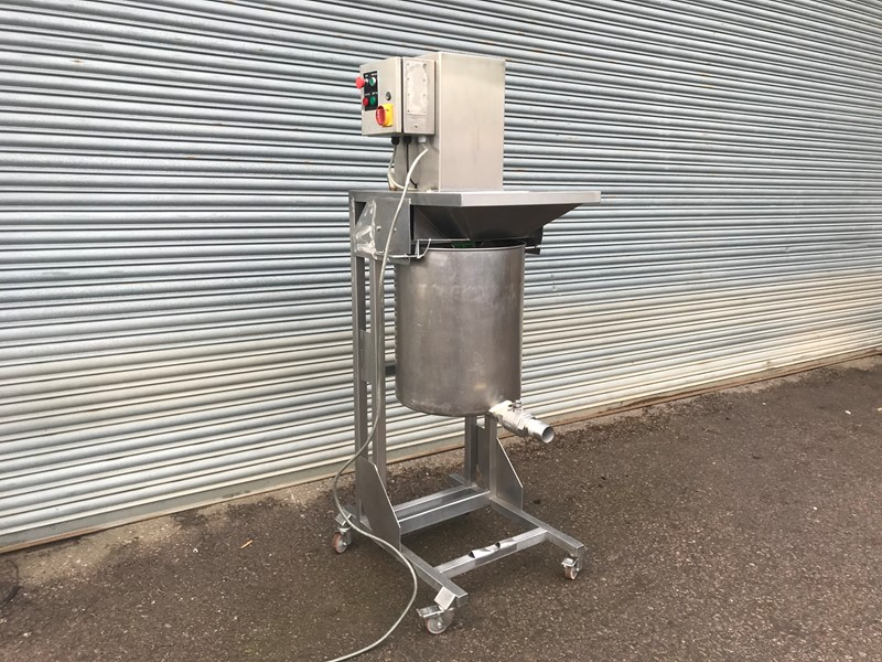 NNP - Stainless whisk mixer
