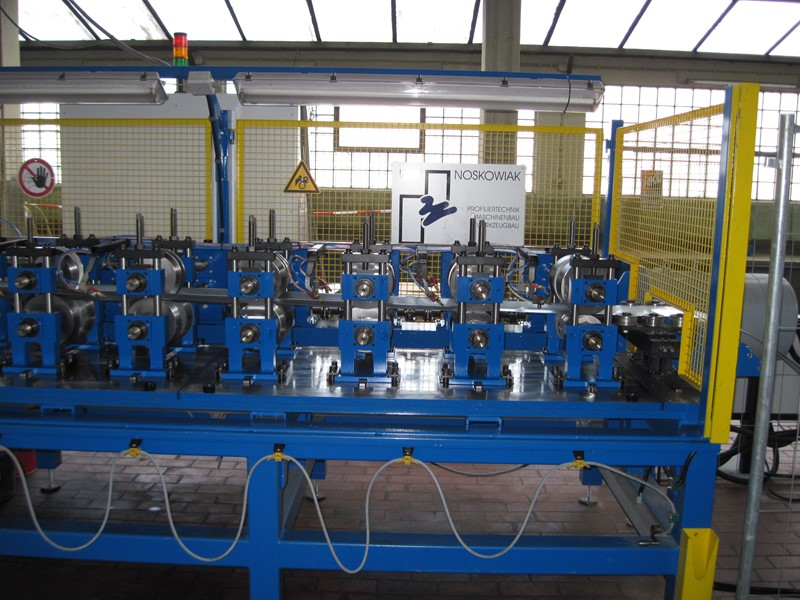 AMT/NOSK./MBA - ROLL FORMING LINE