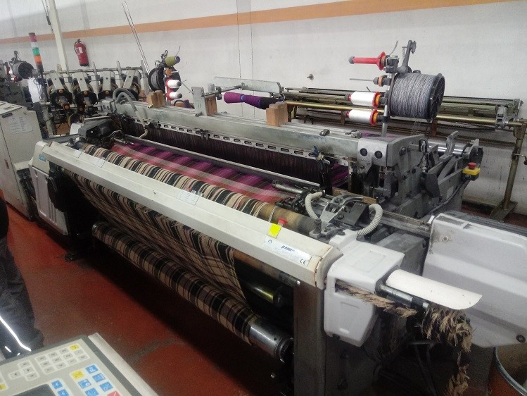 The latest machine from Looms - Shuttle
