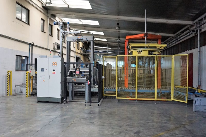 Palletizer with Wrapper 25 pph - TMB Sirio & Strapex