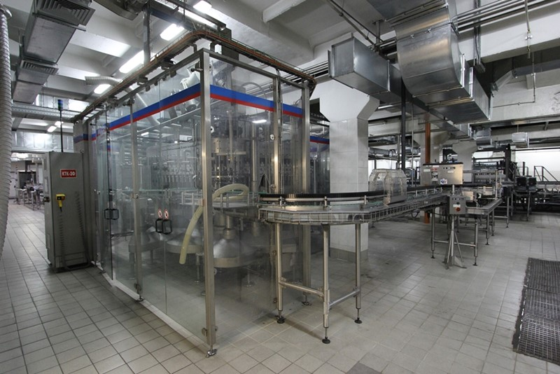 Filling Line for returnable glass bottles - KHS, 50 000 bph