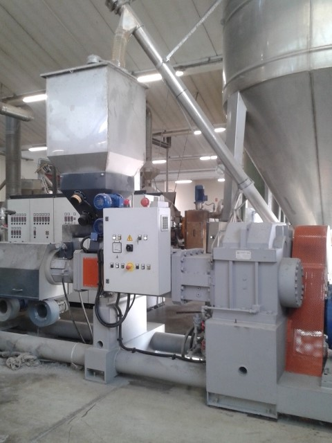 TECNOVA  - TWIN SCREW EXTRUDER