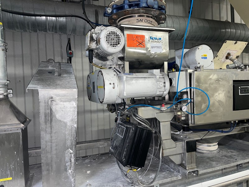 K-TRON - S 500 Single Screw Volumetric Feeder