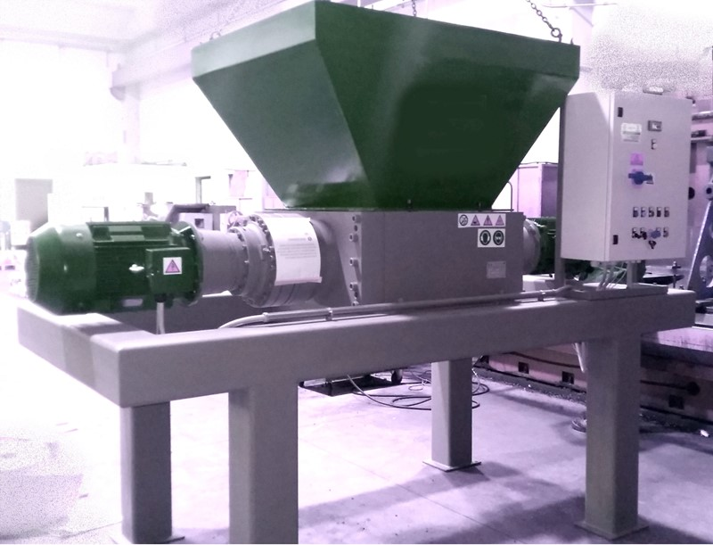 MADE IN ITALY - DUAL SHAFT SHREDDER