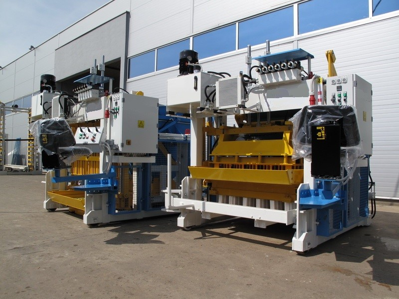 SUMAB - E-6 (1000 blocks/hour) Movable block machine