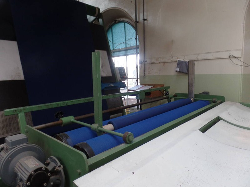 Inspection Folding And Rolling James Bailey 1 X 2 0m