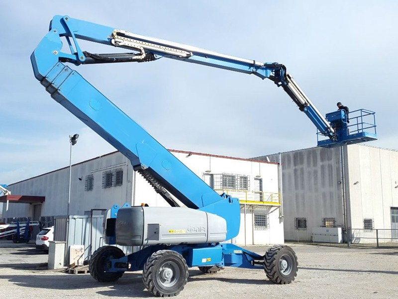 Telescopic Boom Genie Z135/70 for sale - IndustrialMachines.net